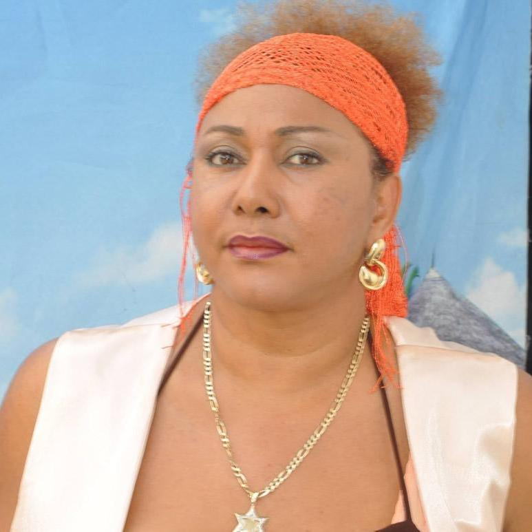 Janet Azzouz